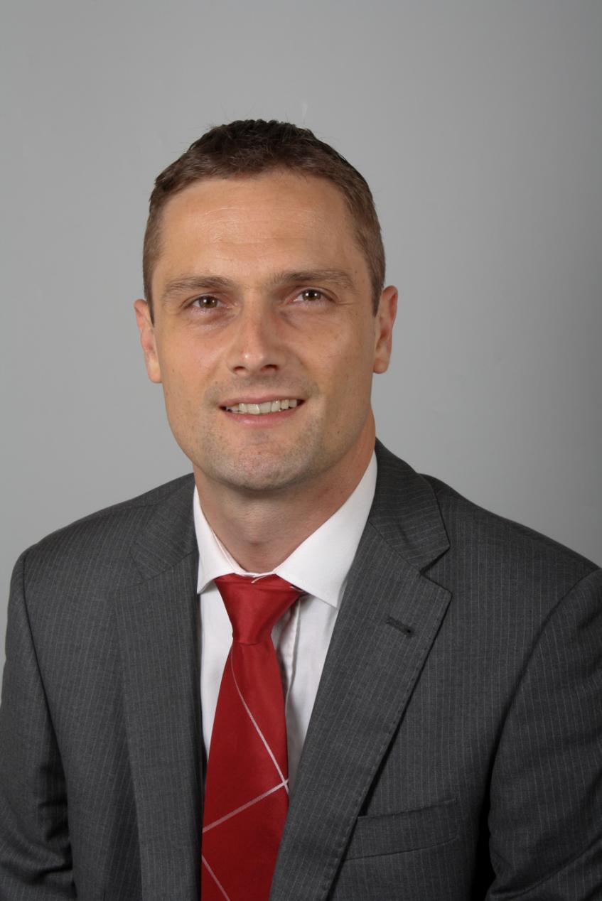 Hilko Schmitt,Jacobs欧洲联系人